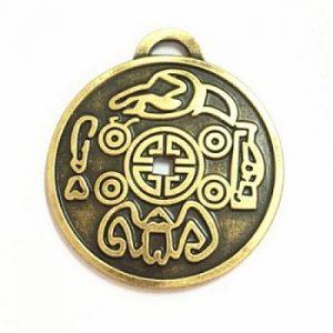 Amulet Money Itu Adalah kekuatan yang menarik uang